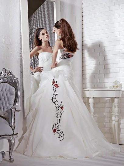 Gritti Spose 2013  Abiti da Sposa per Tutti i Gusti 3ec1fb32c3d