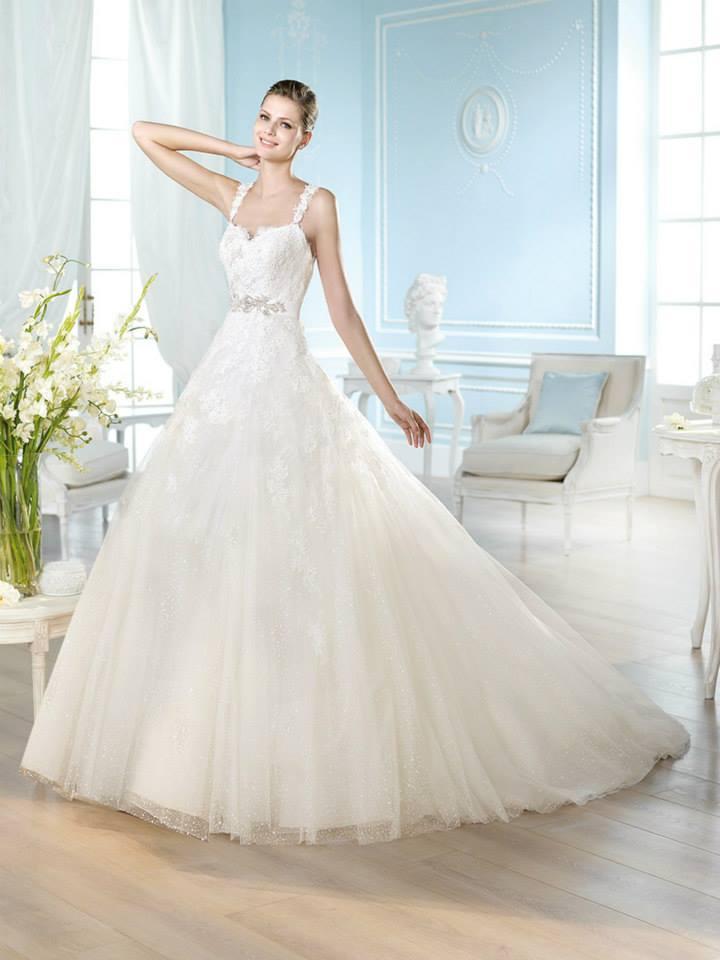 Vari stili di abiti da sposa